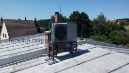 Instalace tepelného čerpadla vzduch-voda NIBE F2040 – vnitřní jednotka SMO 20
